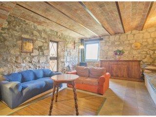6 bedroom Villa in Vetriolo, Latium, Italy : ref 5566682