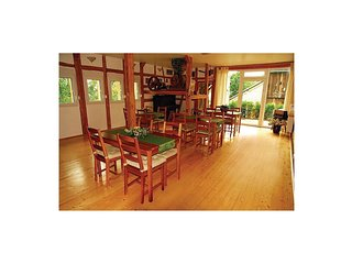 6 bedroom Villa in Barigau, Thuringia, Germany : ref 5566491