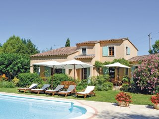 3 bedroom Villa in Althen-des-Paluds, Provence-Alpes-Cote d'Azur, France : ref 5