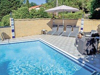 5 bedroom Villa in Saint-Joseph, Occitania, France : ref 5565626