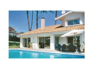 4 bedroom Villa in Moliets-et-Maa, Nouvelle-Aquitaine, France : ref 5565412