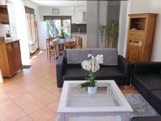 5 bedroom Villa in Pinet, Nouvelle-Aquitaine, France : ref 5565365