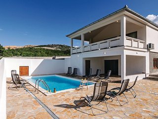 4 bedroom Villa in Rovanjska, Zadarska Županija, Croatia : ref 5565342