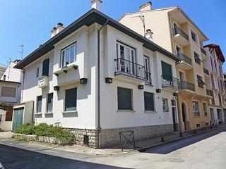 2 bedroom Apartment in Saint-Jean-de-Luz, Nouvelle-Aquitaine, France : ref 55652
