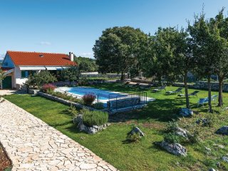 3 bedroom Villa in Čvrljevo, Šibensko-Kninska Županija, Croatia : ref 5565249