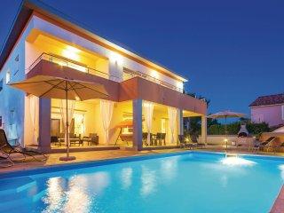 4 bedroom Villa in Banjol, Primorsko-Goranska Zupanija, Croatia : ref 5565174