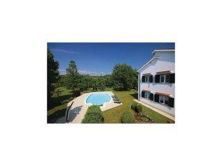 6 bedroom Villa in Viskovo, Primorsko-Goranska Zupanija, Croatia : ref 5565087