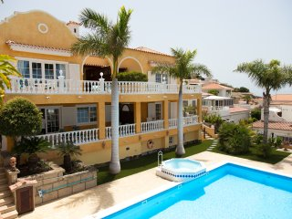 Residencial El Sueno, 2 Bedroom Apartment Oleander