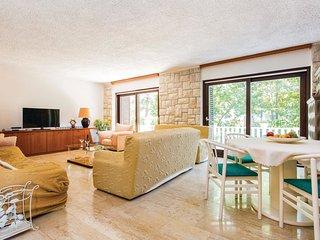 6 bedroom Villa in Malinska, Primorsko-Goranska A1/2upanija, Croatia : ref 5564934