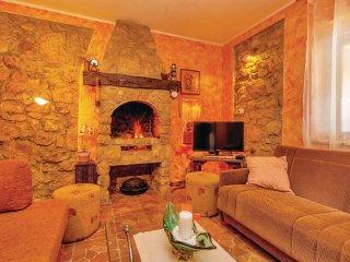 5 bedroom Villa in Smokovo, Primorsko-Goranska A1/2upanija, Croatia : ref 5564870