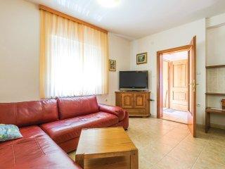 3 bedroom Villa in Klanfari, Primorsko-Goranska Županija, Croatia : ref 5564875