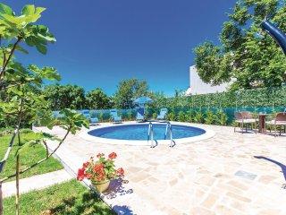 3 bedroom Villa in Smokovo, Primorsko-Goranska Zupanija, Croatia - 5564862