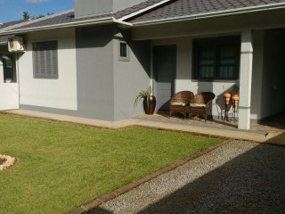 Casa nova, muita paz e natureza exuberante