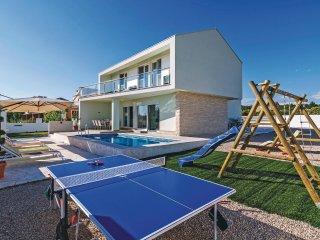 4 bedroom Villa in Kakma, Zadarska Županija, Croatia : ref 5563875