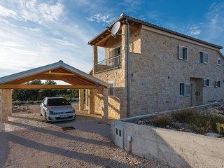 4 bedroom Villa in Saricevi, Sibensko-Kninska Zupanija, Croatia : ref 5563794