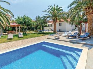 5 bedroom Villa in Zdrelac, Zadarska Zupanija, Croatia : ref 5563656
