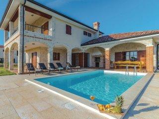 4 bedroom Villa in Donje Selo, Zadarska Županija, Croatia : ref 5563648