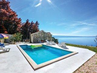 3 bedroom Villa in Bajnice, Splitsko-Dalmatinska Zupanija, Croatia : ref 5563578
