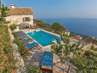 3 bedroom Villa in Brela, Splitsko-Dalmatinska Zupanija, Croatia : ref 5563569