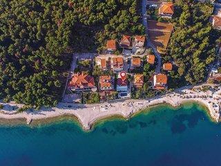 5 bedroom Villa in Donji Seget, Splitsko-Dalmatinska Zupanija, Croatia : ref 556
