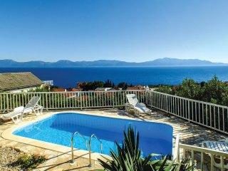 6 bedroom Villa in Ravanje, Splitsko-Dalmatinska Zupanija, Croatia : ref 5563524