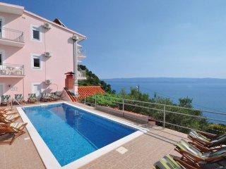 8 bedroom Villa in Ravnice, Splitsko-Dalmatinska Županija, Croatia : ref 5563503