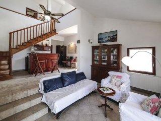 5 bedroom Villa in Male Kuknjare, Splitsko-Dalmatinska Županija, Croatia : ref