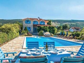 4 bedroom Villa in Tolici, Splitsko-Dalmatinska Zupanija, Croatia : ref 5563410