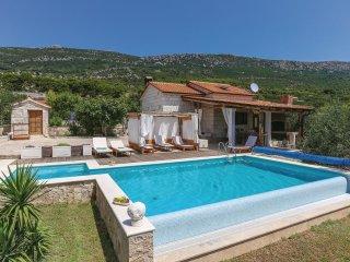 3 bedroom Villa in Kaštel Lukšić, Splitsko-Dalmatinska Županija, Croatia : ref 5