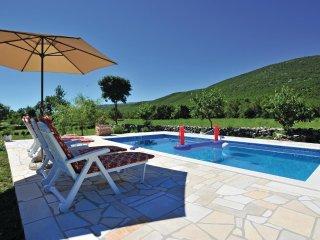 3 bedroom Villa in Vudrag, Splitsko-Dalmatinska Zupanija, Croatia : ref 5563382