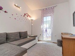 3 bedroom Villa in Labin, Splitsko-Dalmatinska Županija, Croatia : ref 5563367