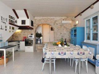 6 bedroom Villa in Igrane, Splitsko-Dalmatinska A1/2upanija, Croatia : ref 5563365