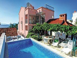 6 bedroom Villa in Igrane, Splitsko-Dalmatinska Zupanija, Croatia : ref 5563369