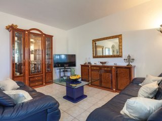 5 bedroom Villa in Stobreč, Splitsko-Dalmatinska Županija, Croatia : ref 5563350