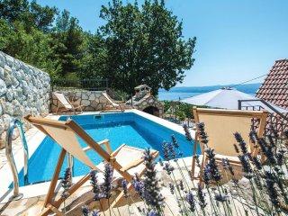 2 bedroom Villa in Sumpetar, Splitsko-Dalmatinska Županija, Croatia : ref 556329