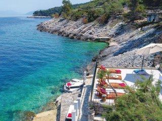 6 bedroom Apartment in Prigradica, Croatia - 5563257