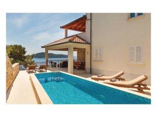 4 bedroom Villa in Prižba, Dubrovačko-Neretvanska Županija, Croatia : ref 556323