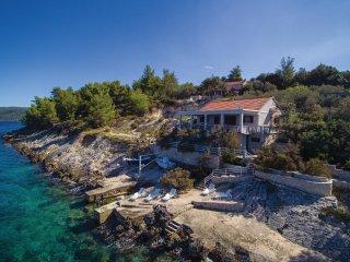 5 bedroom Villa in Prigradica, Dubrovacko-Neretvanska Zupanija, Croatia : ref 55