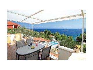 4 bedroom Villa in Prigradica, Croatia - 5563095