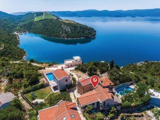 4 bedroom Villa in Kremena, Dubrovačko-Neretvanska Županija, Croatia : ref 55630