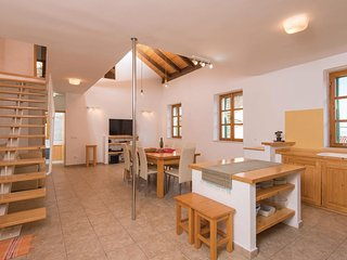 3 bedroom Villa in Podobuče, Dubrovačko-Neretvanska Županija, Croatia : ref 5562