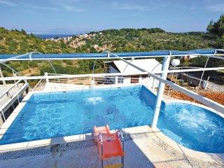 9 bedroom Villa in Stomorska, Splitsko-Dalmatinska Zupanija, Croatia : ref 55629