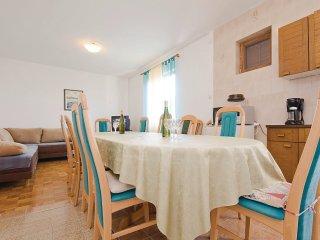 6 bedroom Apartment in Nin, Zadarska Županija, Croatia : ref 5562874