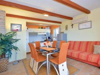3 bedroom Villa in Mali Drvenik, Splitsko-Dalmatinska Županija, Croatia : ref 55