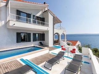 4 bedroom Villa in Nemira, Splitsko-Dalmatinska Županija, Croatia : ref 5562728
