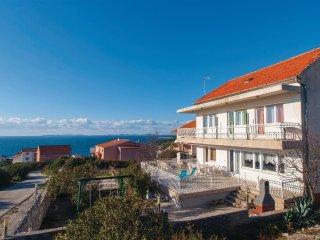 5 bedroom Villa in Podgreben, Šibensko-Kninska Županija, Croatia : ref 5562656