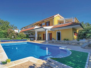 3 bedroom Villa in Dubrava, Šibensko-Kninska Županija, Croatia : ref 5562622