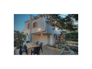 3 bedroom Villa in Murter, Sibensko-Kninska Zupanija, Croatia : ref 5562600