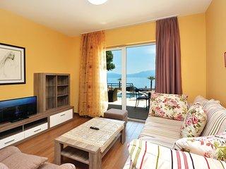 4 bedroom Villa in Sućuraj, Splitsko-Dalmatinska Županija, Croatia : ref 5562584
