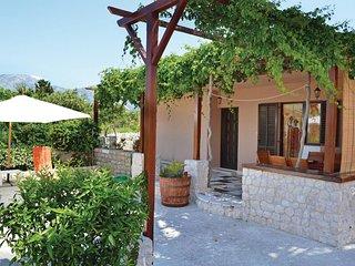 3 bedroom Villa in Sucuraj, Splitsko-Dalmatinska Zupanija, Croatia : ref 5562540